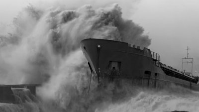 A Good Project Runs a Tight Ship that Weathers any Storm