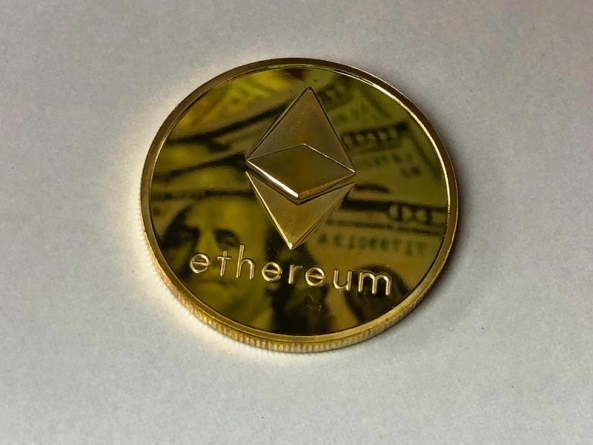Risk and Reward in Staking Ethereum 2.0